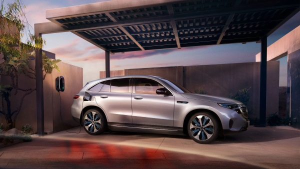 Mercedes EQC Elettrica